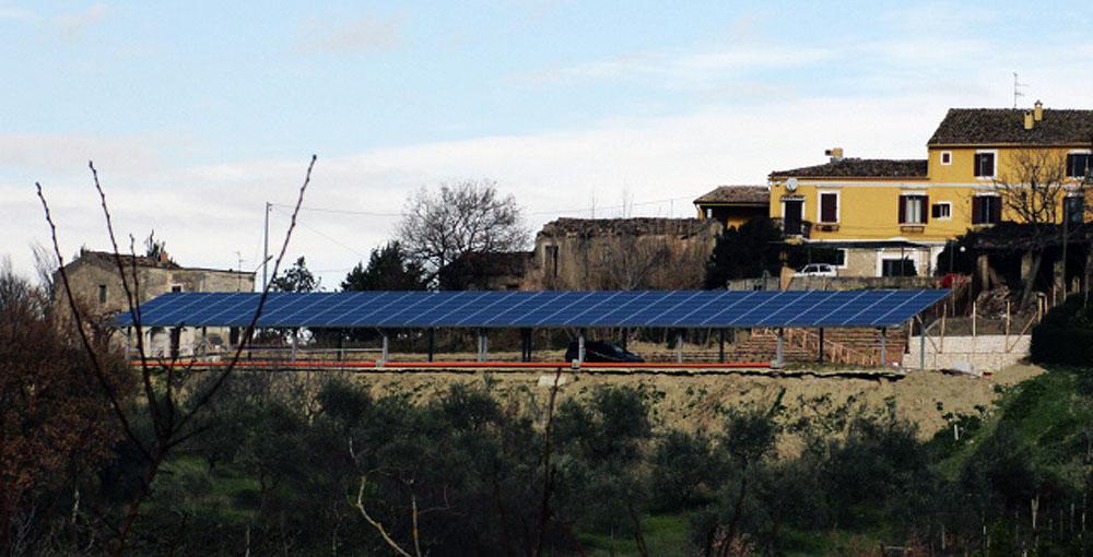 Impianto fotovoltaicao aziendale realizzato per il Ristorante Brancaleone a Roccamontepiano, provincia di Chieti.