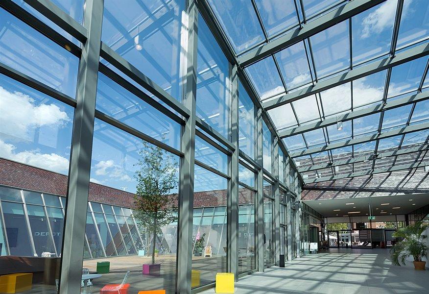 Finestre fotovoltaiche per il risparmio energetico icaro srl - Finestre con pannelli solari ...