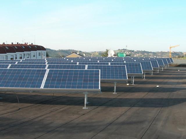 Il fotovoltaico alla scuola media di Spoltore (PE)