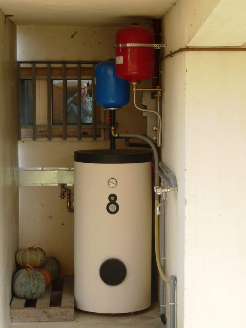 Pannello Solare Con Accumulo Acqua Calda : Il conto termico per risparmiare solare icaro srl