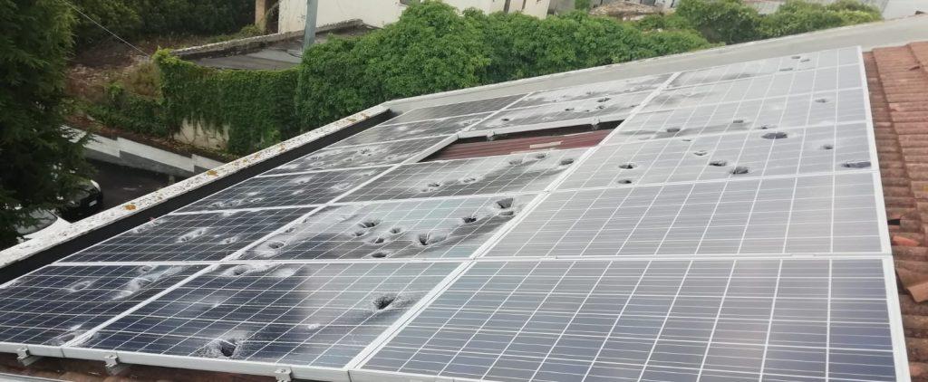 Cosa fare se l'impianto fotovoltaico è stato danneggiato dalla grandine