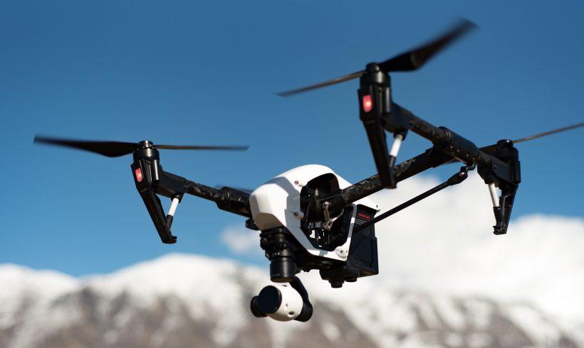Ispezione del campo fotovoltaico con droni
